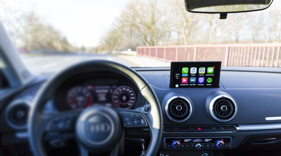 Utilizzare un assistente vocale in Auto come Siri, Alexa e Google Assistant
