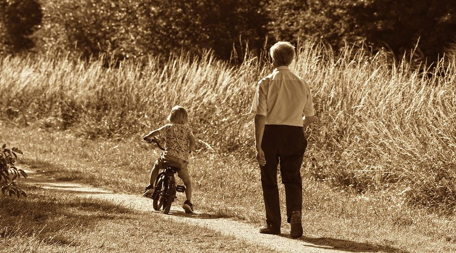 GPS tracker per bambini e anziani