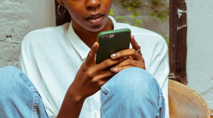 Inviare SMS anonimi da internet e senza registrazione gratuitamente